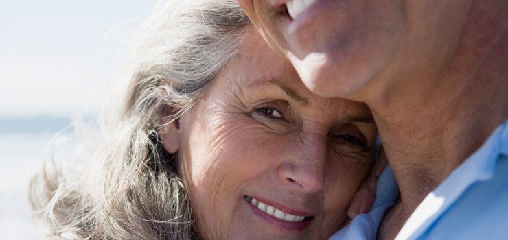 In den Wechseljahren kann man das Älter werden auch als Chance begreifen. Man sollte alte Gewohnheiten ablegen und eine neue Zufriedenheit für die Zeit nachdem Klimakterium begreifen.