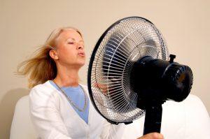 Hitzewallungen – sind sie wirklich so schlimm oder kann man ihnen auch etwas Gutes abgewinnen?
