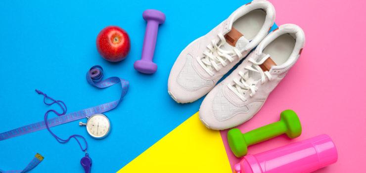 Sportequipment um fit zu bleiben während der Wechseljahre.